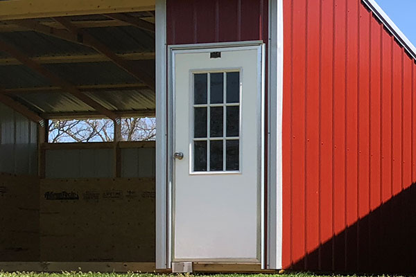 optional tack room for portable horse sheds